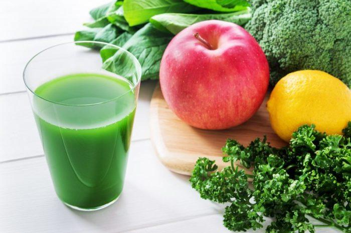 緑汁の成分!ビタミンや食物繊維を配合してさらに効果的に