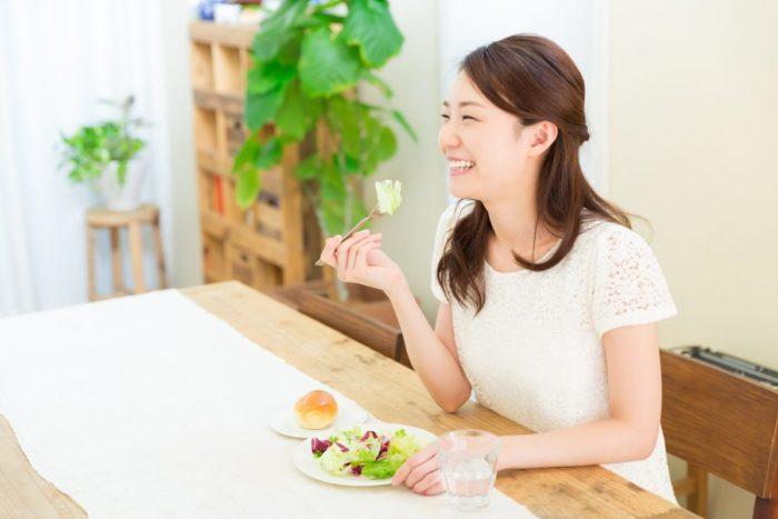 疲労回復に重要なのは栄養素の摂取と十分な休息